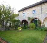 3 bedroom Terraced house for sale in Court Farm Mews...