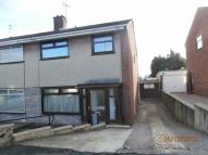 semi detached house to rent in Martin Dale