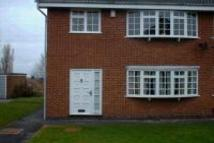 Apartment to rent in Dean Close, Littleover...