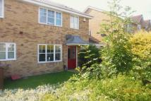 3 bed semi detached home to rent in 5 Applemead Close...
