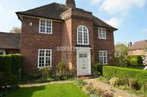 6 bed semi detached property in Cotman Close...