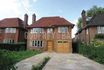 6 bedroom Detached house to rent in Kingsley Way...