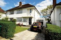 4 bed semi detached home in Hutchings Walk...