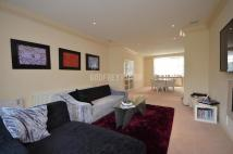 Detached home in Linden Lea, London