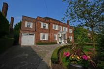 Detached home in Winnington Road...