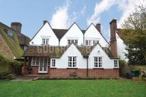 4 bed Detached property to rent in Wild Hatch...