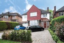 4 bedroom Detached house for sale in Crooked Usage, Finchley