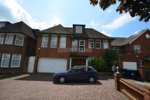 6 bedroom Detached home for sale in Fairholme Close, Finchley