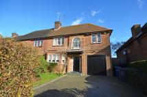 5 bed semi detached property for sale in Ossulton Way...