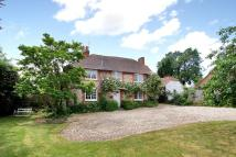 3 bed Cottage in Chestnut Walk, Tangmere