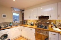 2 bed Flat to rent in Mount Pleasant Lane...