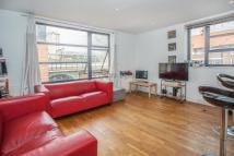 Flat to rent in Watney Street, Shadwell...
