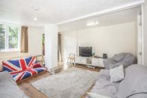 3 bedroom property in de Beauvoir Road, London...