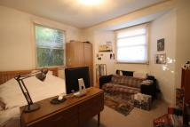 2 bedroom Flat to rent in Brookfield Road, Hackney...