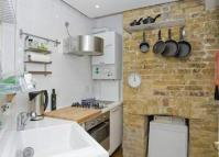 Stayners Road Flat to rent