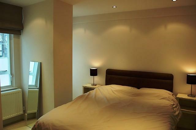 Nell Gwynn House bed