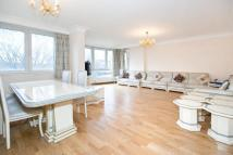 4 bed Flat for sale in Southacre...