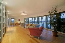 Flat for sale in Tunnel Wharf...