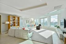 Flat in Cinnabar Wharf Central...