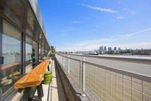 3 bedroom Flat in New Crane Wharf...