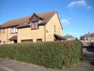 2 bedroom property in St. Marys Close...