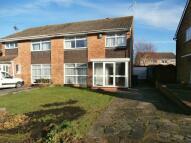 4 bedroom semi detached house to rent in Beverley Crescent...