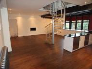 Apartment in Reigate Road, Epsom...