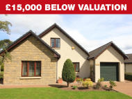 Detached house in 4 Firhall Drive...