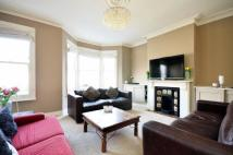 3 bedroom Flat in Cotherstone Road...
