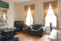 2 bed Flat in Lorn Road, Stockwell, SW9