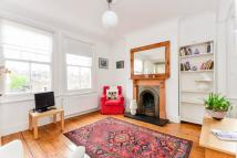2 bedroom Flat to rent in Hackford Road, Stockwell...