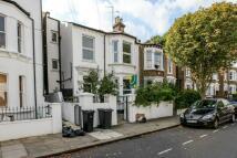 3 bedroom Flat to rent in Kellett Road, Brixton...