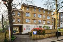 Flat in Trinity Rise, Herne Hill...