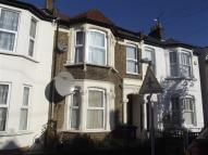 2 bed Flat to rent in Hatherley Road...