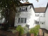 Flat to rent in Queens  Grove Road...