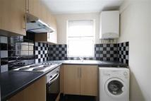 Flat to rent in Hazelwood Road...