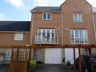 3 bedroom Terraced property to rent in Anchor Road...