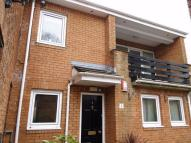 Flat to rent in Pencisely Road, CARDIFF...