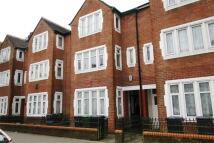 Flat in Neville Street...