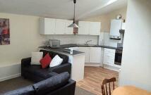 Flat to rent in Aigburth Road, Liverpool