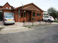2 bedroom Detached Bungalow in Brooklands Square...