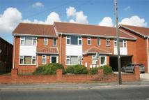 Flat to rent in Silverlink Court...