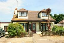 5 bed Detached home for sale in Bramble Road...