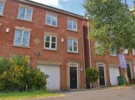 3 bedroom Town House to rent in Malthouse Drive, Dudley...