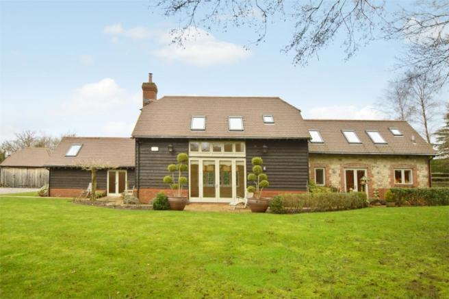 4 Bedroom Barn Conversion For Sale In Wyld Green Lane