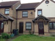 2 bed Terraced property to rent in Thames Way...