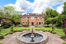 7 bed Detached house in Ledborough Lane...
