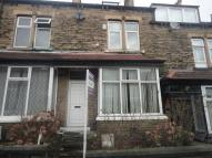 Terraced property to rent in Norwood Avenue, Shipley