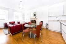3 bed Apartment in Lancaster Gate, London...