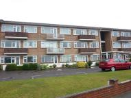 2 bed Flat in 2 bedroom Flat/Apartment...
